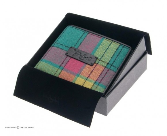 Tartan Wallet with Coin Tray
